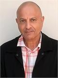 Des Kumar Fermah